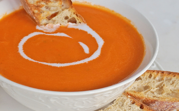 Creamy Vegan Tomato Soup (with Coconut Milk)